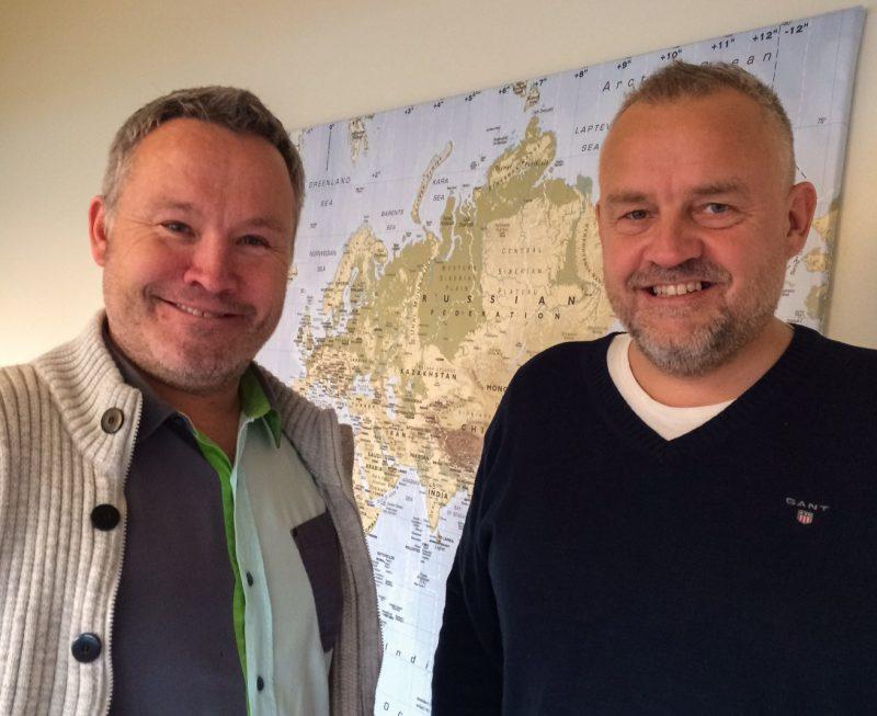 Roger Håkonsen og Trond Johnsen i ZAR Eiendom vil ha Mo IL Toppfotball tilbake på det allnorske fotballkartet.