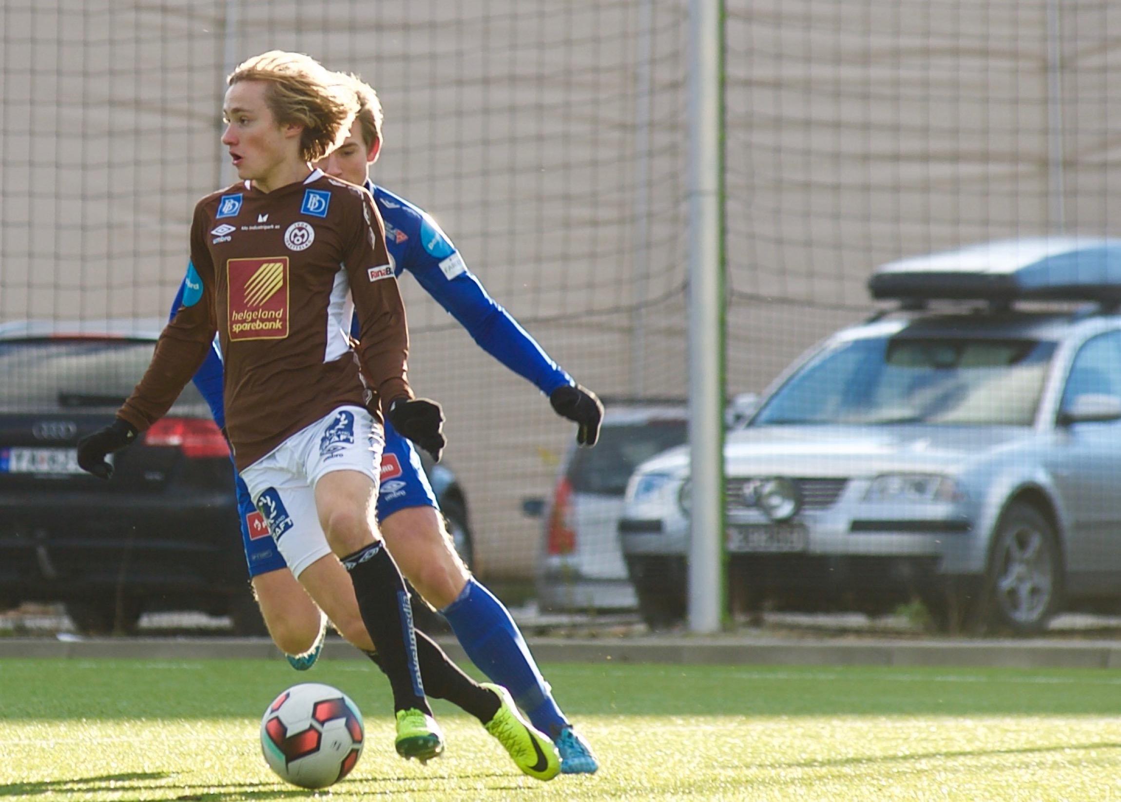Adrian Teigen og Mo IL møter Steinkjer i sesongens første hjemmekamp på Sagbakken.